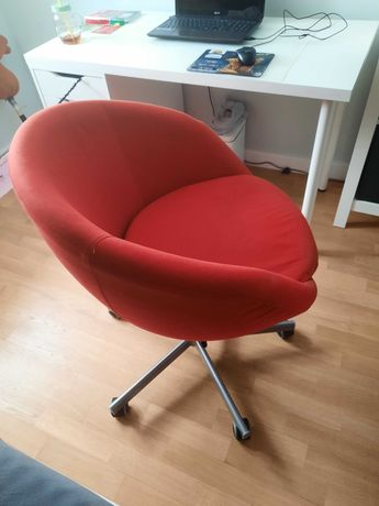 Fotel -krzesło obrotowy