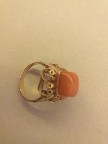 Złoty pierścionek damski Pr.585 6,8gram