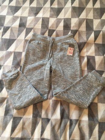 Spodnie dresowe Primark, r 122