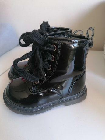 Buty zimowe/przejściowe dla dziewczynki rozmiar 20-21