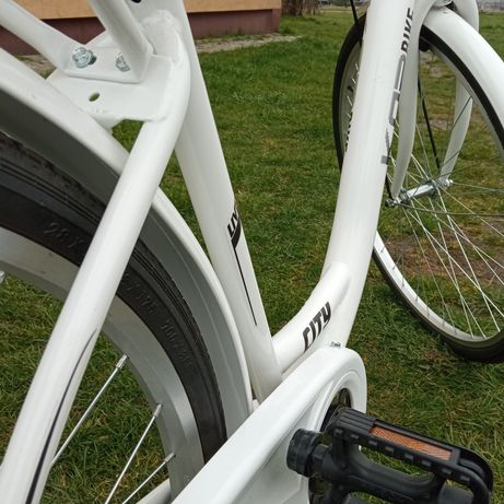 Rower damski 28cali (nowy)