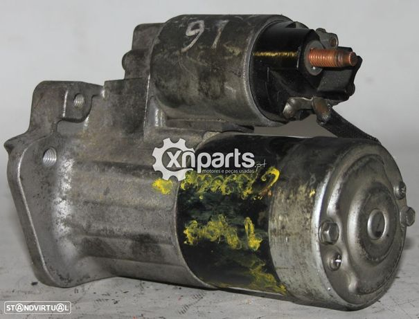 Motor de arranque RENAULT 11 (B/C37_) 1.1 (B/C371)   03.83 - 06.86 Usado REF. MITSUBISHI 8200 584 675-5A M00 T 87881