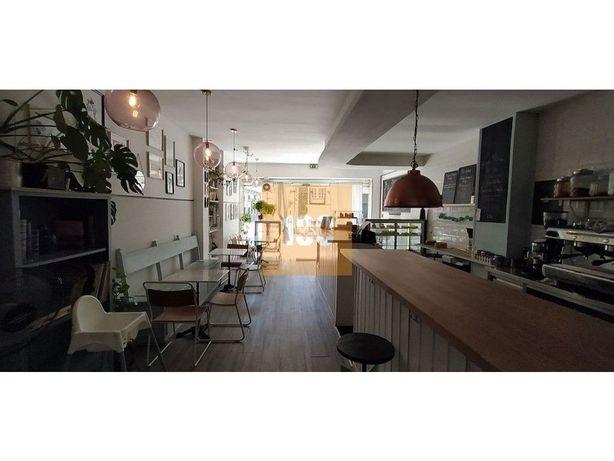 Trespasse de Café-Pastelaria, Cedofeita