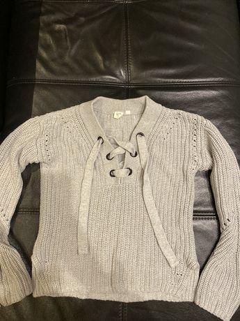 Sprzedam sweterek Marki GAP szary