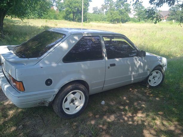 Продам ford escort 1,6 газ/бензин