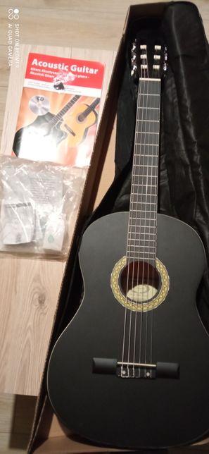 Gitara akustyczna z akcesoriami NAPRAWDĘ WARTO