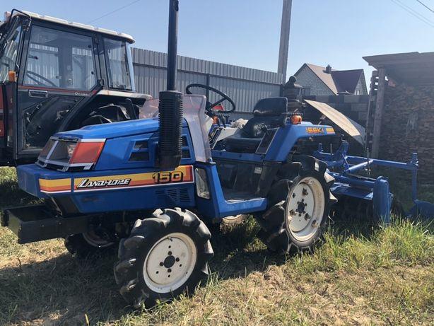 Трактор з Японії