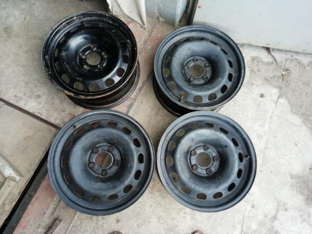 Продам стальные диски R 16