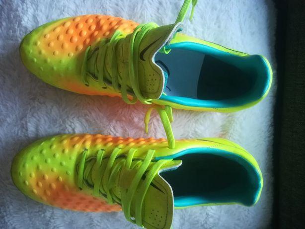 Nike korki rozm 41