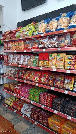 supermercado /Loja de 1 Euro, charcutaria, Frutaria, padaria e talho