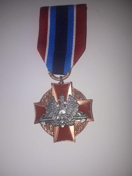medal za ratowanie życia i ochrone mienia