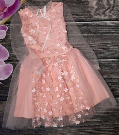 Нарядное платье 146-152 , можно на утренник