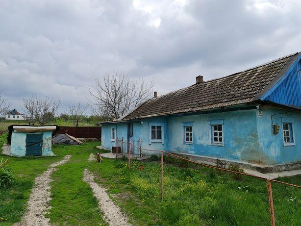 Дом с ровным участком в середине села Ракшивка в 20 км от г.Днепр