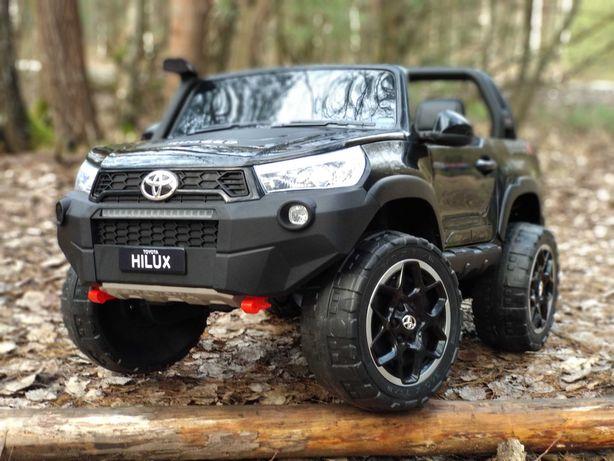Auto na Akumulator Toyota Hilux Czarny napęd 4x4 NOWY 2021