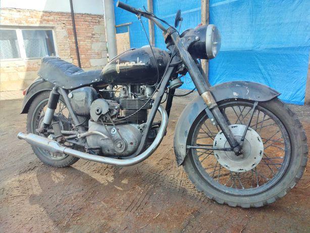 Motocykl Junak m10
