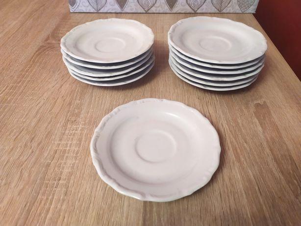 Porcelanowe talerzyki deserowe Wałbrzych 12 szt