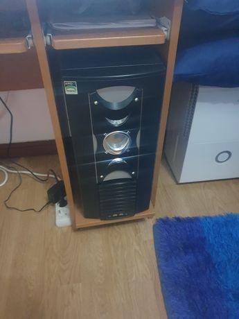 Computador em ótimo estado
