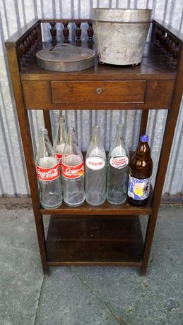 Kolekcjonerskie butelki z PRL-u.po Coca Coli,Pepsi i Ptysiu.