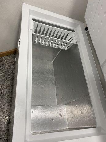 Arca refrigeradora semi nova
