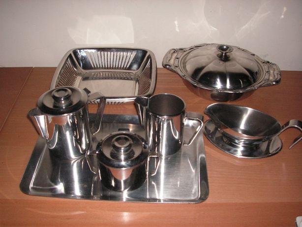 Conjunto Chá, Taça, Fruteira e Molheira em Inox