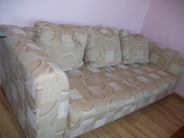 sofa rozkładana w bardzo dobrym stanie