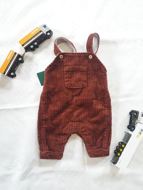 Комбинезон  на младенца новорожденного недоношенного