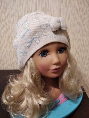 Продам шапочку для девочки размер 50-54