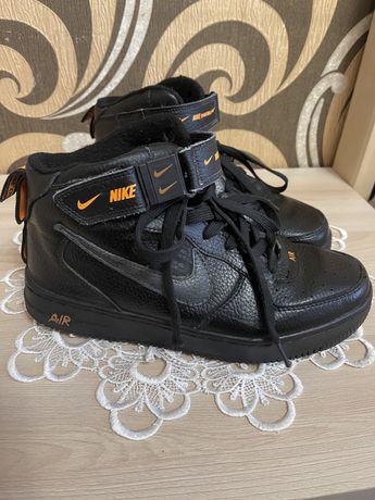 Черевики Nike 40 р