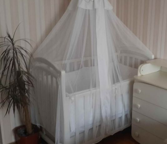 ліжко-люлька з ящиками, в подарунок матрац і балдахін