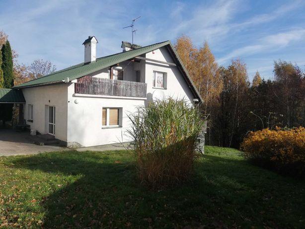 dom jednorodzinny z działką 28 arów, garażem i budynkiem gospodarczym