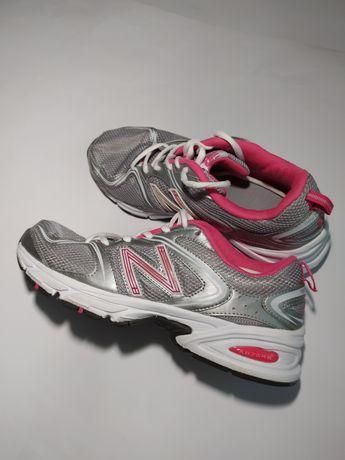 Женские кроссовки New Balance 540 running