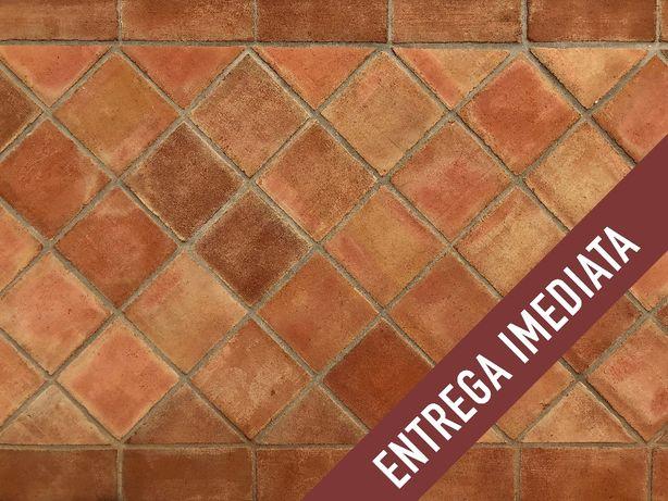 Tijoleira rústica em barro natural 20x20, 25x25, 30x30 e 40x40
