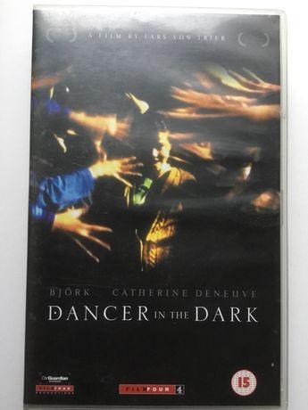 Film Tańcząc w ciemnościach Bjork kaseta VHS