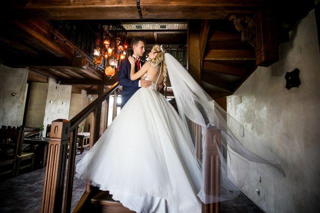 Свадебное платье с камнями