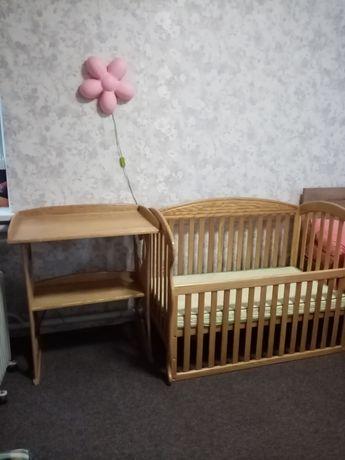 Срочно. Кроватка детская из натурального дерева + пеленатор