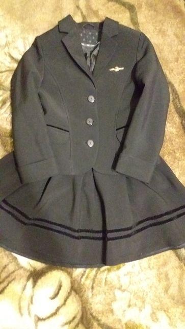 Школьная форма (пиджак,юбка) р.122