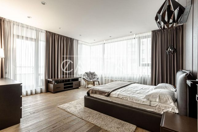 """3-комнатная квартира (103м2) по ул. Деловая, 1/2 в """"Tetris Hall"""""""