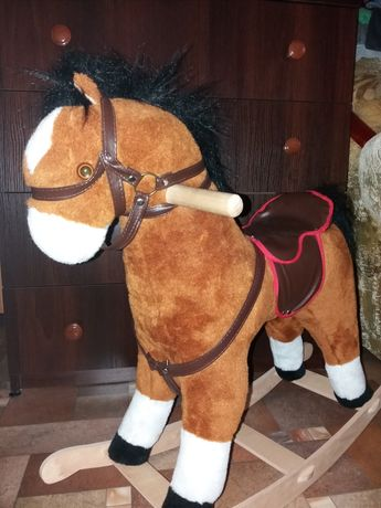 Новая лошадка- качалка