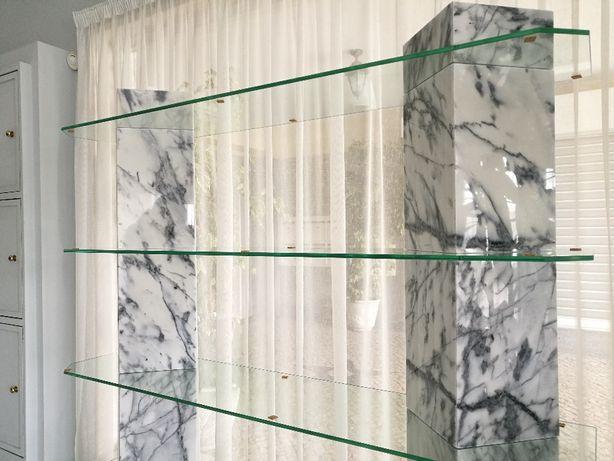 Prateleira Nova em pedra Mármore e vidro