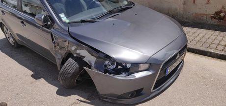 Mitsubishi Lancer 2010 Hatchback para peças