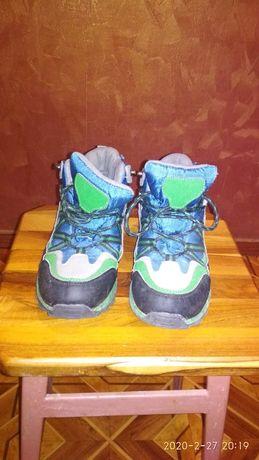 Кросівки - ботинки дитячі