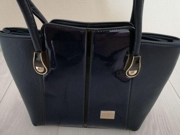 Продам сумку красивого синего цвета