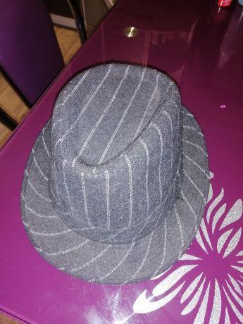 Отдам даром шляпу 56 размер