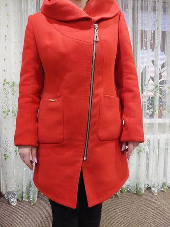 Пальто осенее 50 размер