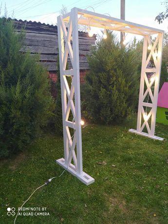 Фотозона арка на весілля