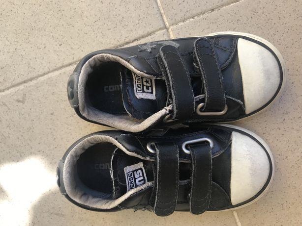 Sapatilhas Converse T24