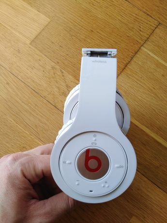 Beats audio by dr. Dre Wireless