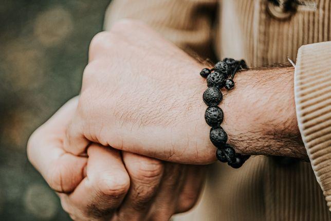 Мужские браслеты из натуральных камней