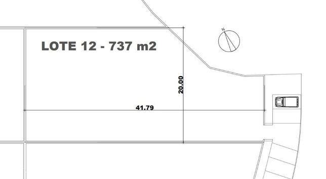Lote de terreno plano urbano com 737m2