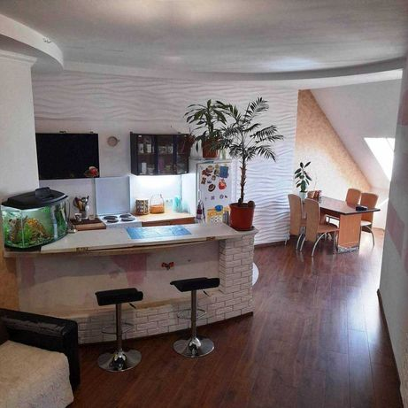 Продам 2-комнатную квартиру с ремонтом в Центре